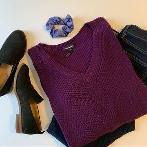 Plum Purple V-Neck Lengthy Sweater Size Large